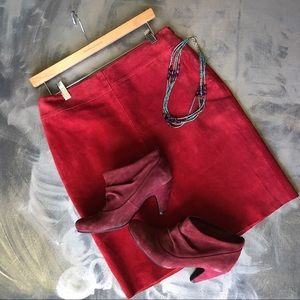 Express Red Suede Leather Skirt - Size 7/8